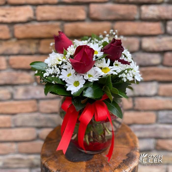 Kır Çiçekleri ve Güller