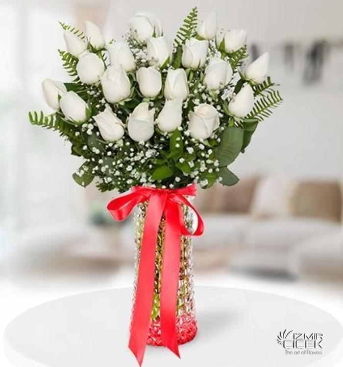 Beyaz Güller 21 Adet