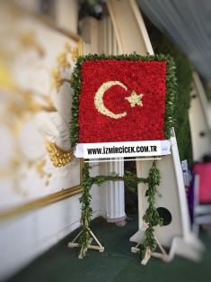 Türk Bayrağı Çelenk