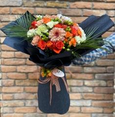 İthal Çiçekli Butik Buket