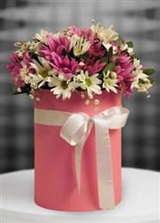 Kutuda Mis kokulu kır çiçekleri