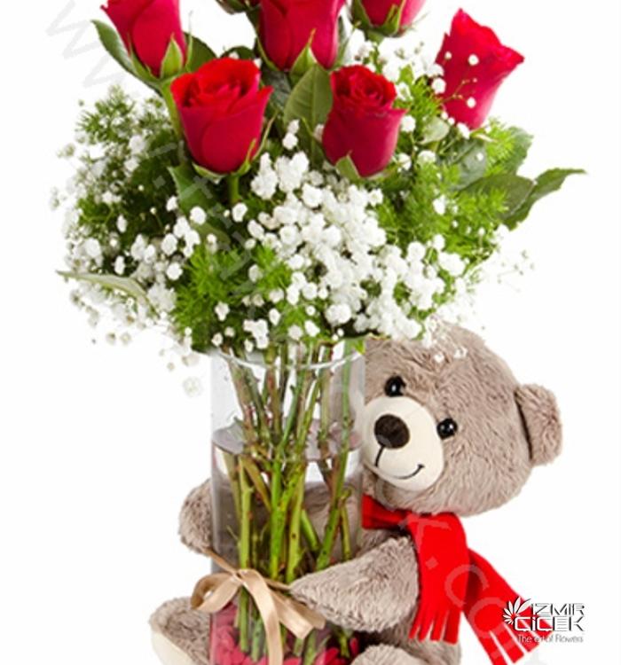 Cam Fanusta Kırmızı Güller